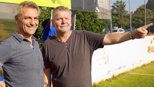 ASK_PSV-Präsident Walter Fuchsbauer (re.) und Trainer Vidan Antunovic konnten mit dem Saisonstart zufrieden sein. (Bild: Daniel Krug sen.)