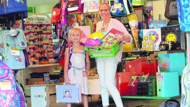 Barbara Koits-Wiesmayr hilft beim Schuleinkauf gerne weiter. (Bild: Horst Einöder)