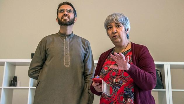 Seyran Ates gemeinsam mit dem bekennenden homosexuellen Imam Ludovic-Mohamed Zahed in der Berliner Ibn-Rushd-Goethe-Moschee (Bild: AFP)