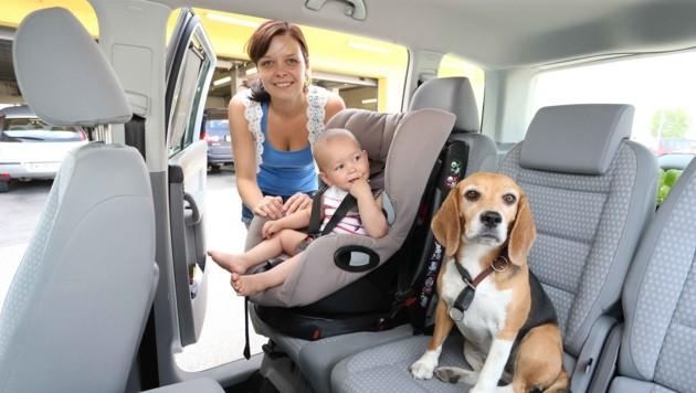 Bei den derzeitigen Temperaturen sind schon 15 Minuten im geschlossenen Auto für ein Kind oder ein Tier lebensgefährlich. (Bild: Reinhard Judt)