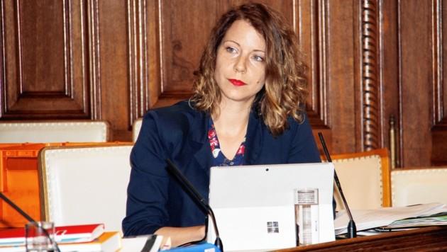 Die grüne Umweltstadträtin Tina Wirnsberger nimmt den Hut. (Bild: Kronenzeitung)