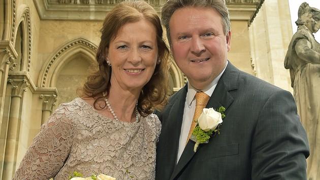 Michael Ludwig mit seiner Frau Irmtraud (Bild: APA/CHRISTIAN JOBST)
