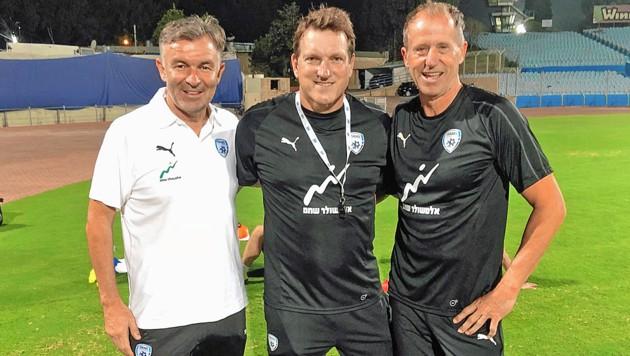Andi Herzog (Mitte) mit Sportdirektor Ruttensteiner (li.) und Goalie-Trainer Lindenberger (Bild: Christian Reichel)