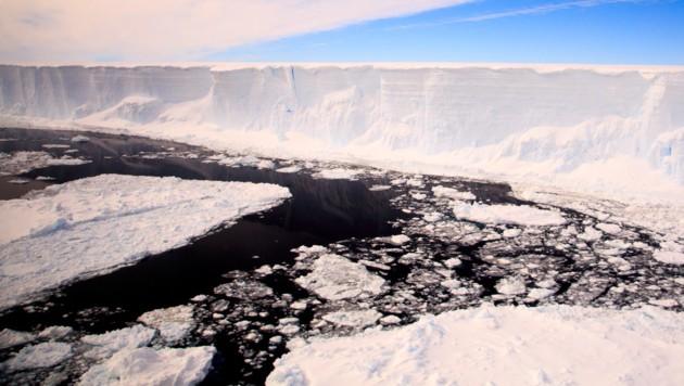 Gigantischer Eisberg startet Reise ins offene Meer