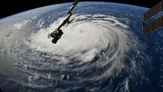 """Dieses Bild von der Internationalen Raumstation ISS zeigt """"Florence"""" vom All. (Bild: AFP)"""