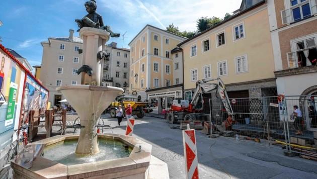 Kajetanerplatz in Salzburg: Noch wird am Kanal gebaut (Bild: Markus Tschepp)