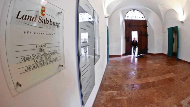 Salzburg: Die Finanz und Vermögensverwaltung in der Kaigasse. (Bild: MARKUS TSCHEPP)