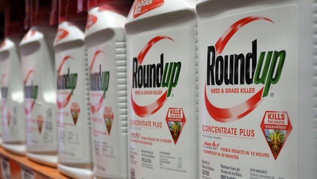 Der Unkrautvernichter Roundup, der die Chemikalie Glyphosat enthält (Bild: AFP/Robyn Beck)