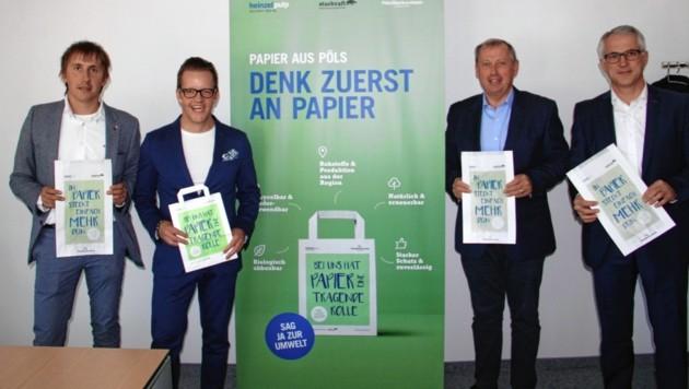 Ortschef Gernot Esser (2. v. li.) und Andreas Rauscher von der Pöls AG (re.).