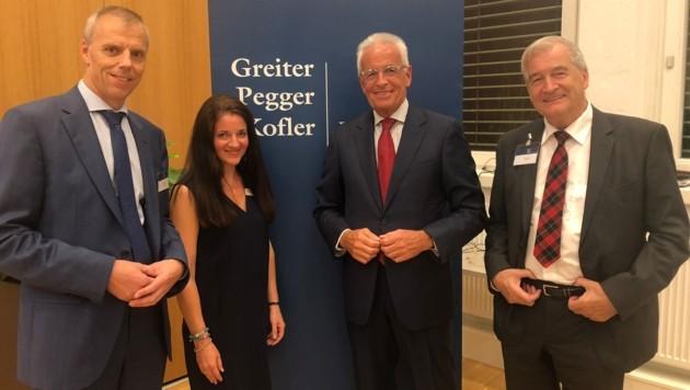 Personalberater Günther Tengel mit den Anwälten Melanie Gassler-Tischlinger, Herwig Frei (li.) & Ivo Greiter (r.). (Bild: Andreas Fischer)
