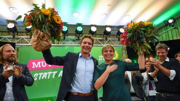 Ludwig Hartmann und Katharina Schulze, Spitzenkandidaten der Grünen in Bayern am Wahlabend (Bild: AFP)