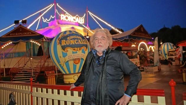 Bernhard Paul schreibt seit Jahrzehnten Zirkusgeschichte (Bild: KRONEN ZEITUNG)