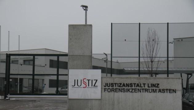 """Forensisches Zentrum Asten, Gefängnis Asten, Reportage, Lokalaugenschein bei """"Esti"""", (Bild: Kronen Zeitung)"""