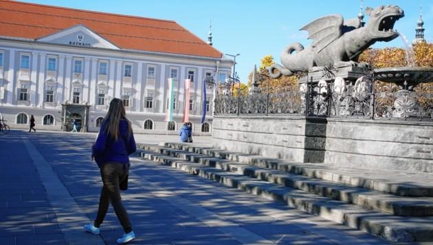 Neuer Platz (Bild: Uta Rojsek-Wiedergut)