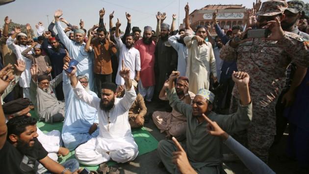 Islamisten-Protest in Pakistan (Bild: AP)
