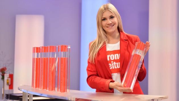 Heiß begehrt waren die Trophäen, die bei der Preisverleihung im ORF-Landesstudio am Europaplatz in Linz überreicht wurden. (Bild: Markus Wenzel)