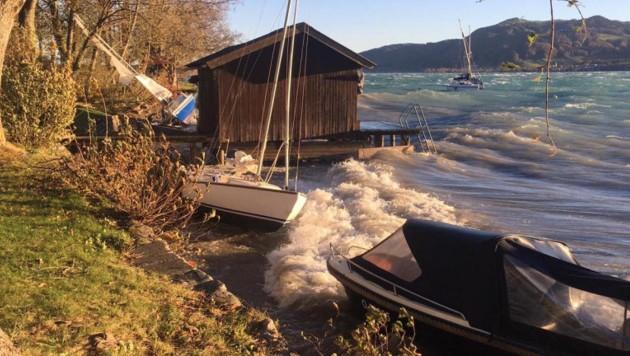 Am Attersee können Stürme binnen weniger Minuten aufkommen und die Wellen peitschen (Bild: Österreichische Wasserrettung)