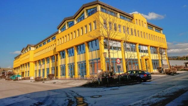 Hier in diesem Flüchtlingsquartier in Bergheim kam es zu der Revolte