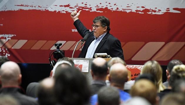 Gewerkschaftschef Rainer Wimmer während einer Betriebsversammlung der Aufzugsmonteure am Dienstag