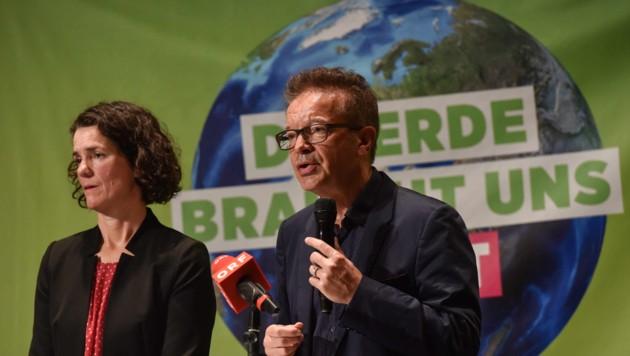 Maria Buchmayr und Rudi Anschober sind in großer Sorge.