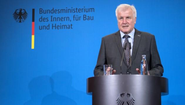 Horst Seehofer (Bild: APA/AFP/dpa/Ralf Hirschberger)
