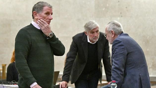 Die Angeklagten Peter Hochegger, Walter Meischberger und Rudolf Fischer