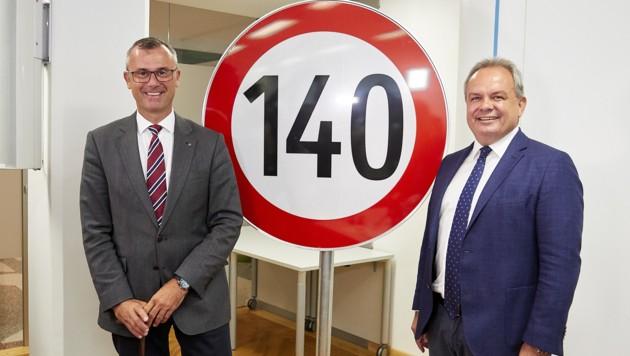 Verkehrsminister Norbert Hofer und Asfinag-Geschäftsführer Josef Fiala (Bild: APA/BMVIT/Mike Ranz)
