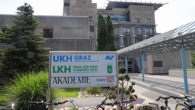 Der Verletzte kam ins UKH Graz. (Bild: Jauschowetz)