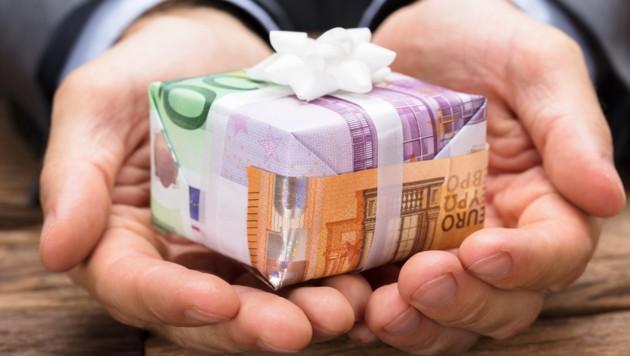 Geld So Verpacken Sie Das Beliebteste Geschenk Krone At