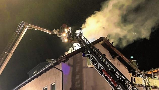 Im selben Haus wie am Freitag brach erneut ein Feuer aus.