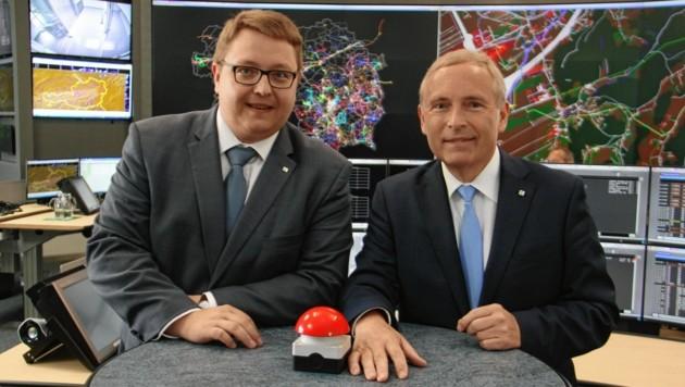 Die Energie-Steiermark-Vorstände Martin Graf (links) und Christian Purrer (Bild: Christian Jauschowetz)