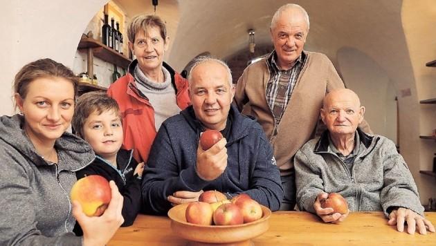 Vier Generationen auf einen Blick - die Zukunft sieht düster aus (Bild: Jürgen Radspieler)