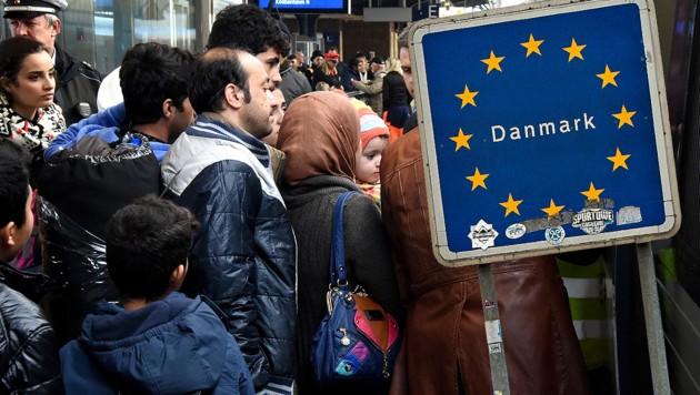 Die dänische Regierung trafen eine Haushaltsvereinbarung für 2019, in der auch die strengeren Vorschriften für abgelehnte Asylbewerber enthalten sind. (Bild: AFP, krone.at-Grafik)