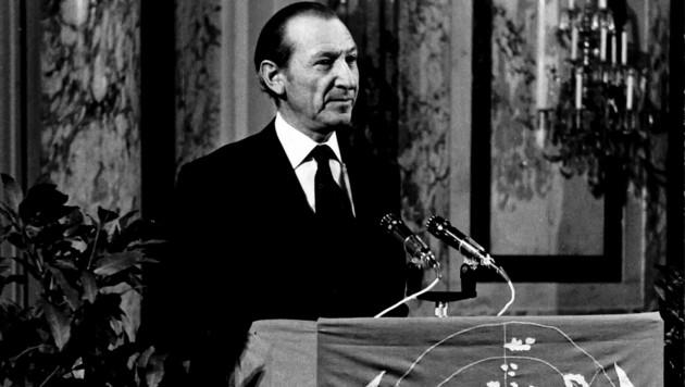 Kurt Waldheim bei einer Rede als UN-Generalsekretär (Bild: ÖNB-Bildarchiv / picturedesk.com)
