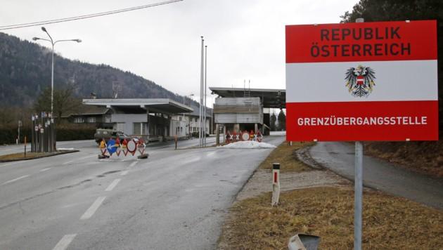 Der Grenzübergang im Kärntner Lavamünd an der Grenze zu Slowenien (Bild: APA/GERT EGGENBERGER)