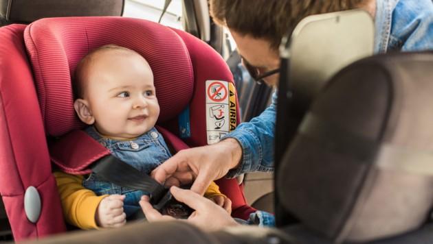 Einen neuen Kindersitz für ihr Auto wollte eine Burgenländerin online erwerben (Symbolbild). (Bild: ©Trendsetter - stock.adobe.com)