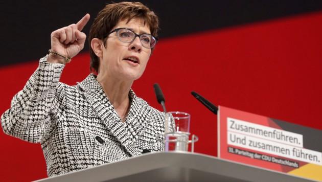 CDU-Vorsitzende Annegret Kramp-Karrenbauer (Bild: AP)