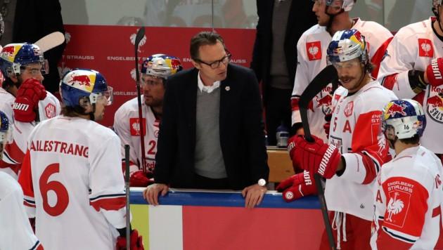 Eisbullen-Headcoach Greg Poss fand nach dem 3:4 in Dornbirn klare Worte an sein Team. Foto: ANDREAS TRÖSTER (Bild: Kronen Zeitung)