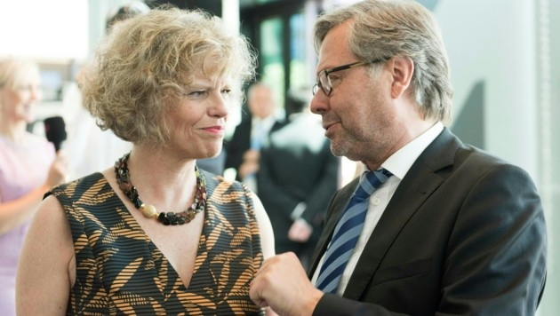 Sabine Haag und Alexander Wrabetz sollen nach Salzburg schielen. (Bild: DIETMAR STIPLOVSEK)