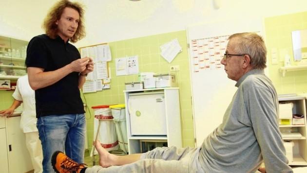 """Patrick Killmaier, Arzt und Leiter des Gesundheitszentrums in Mariazell, brennt für die Sache: """"Auch in dieser Extremsituation jetzt hat sich unsere Einrichtung bewährt."""" (Bild: Krone)"""