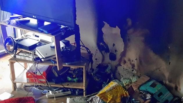 Das Kinderzimmer wurde durch den Brand schwer in Mitleidenschaft gezogen. (Bild: Liebl Daniel)