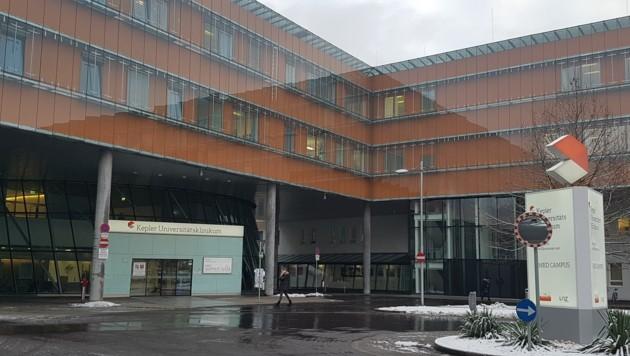Blick auf den Med Campus IV des KUK, die ehemalige Frauen- und Kinderklinik des Landes Oberösterreich. (Bild: Werner Pöchinger)