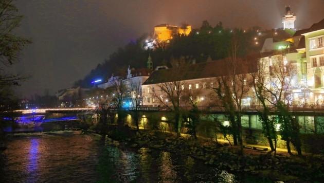 Der Augarten und das linke und rechte Murufer zwischen Tegetthoffbrücke und Stadtgrenze erhalten endlich neue Laternen. (Bild: sepp pail)
