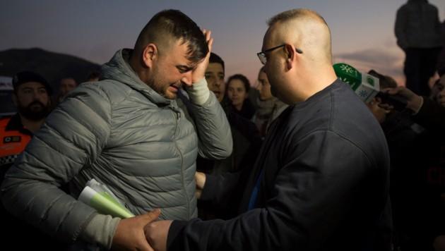 Jose Rosello, der Vater von Julen, weint um sein Kind. (Bild: AFP)