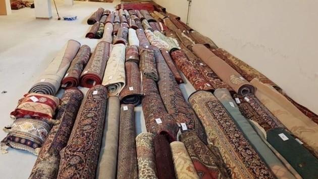 Die sichergestellten Teppiche (Bild: LPD Niederösterreich)