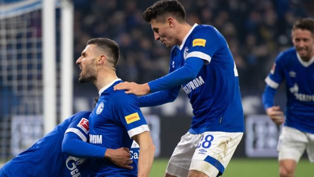 2 1 Caligiuri Und Schopf Fertigen Wolfsburg Ab Krone At