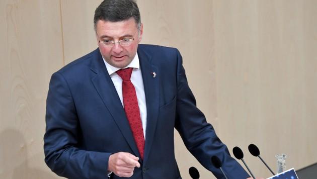 Jörg Leichtfried, SPÖ (Bild: APA/ROLAND SCHLAGER)
