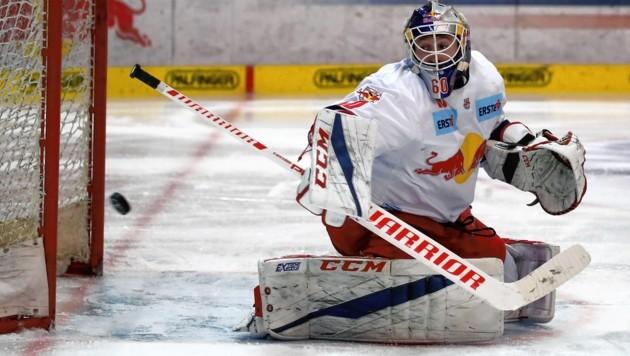 Einer von zehn nominierten Eisbullen fürs Nationalteam: Torhüter Lukas Herzog. (Bild: Andreas Tröster)