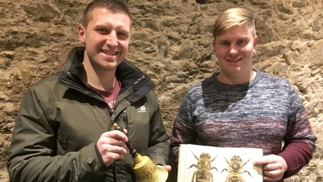 Sandro Huter und Kevin Wieser gründen einen Schutzverband für die Erhaltungszucht der Kärntner Ur-Biene, der Carnica (Bild: Schutzverband für die Carnica)