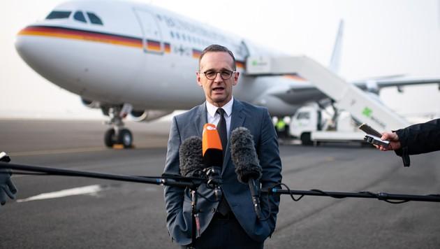 Die Maschine von Außenminister Heiko Maas gab den Geist auf. (Bild: APA/AFP/dpa/Bernd von Jutrczenka)